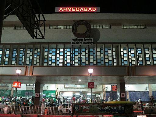 How to go to Gujarat from Kolkata
