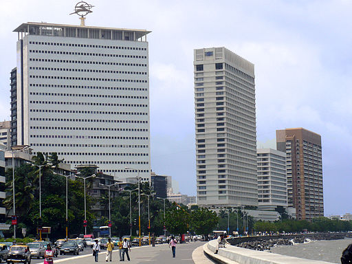 what is the best place to live in mumbai 02