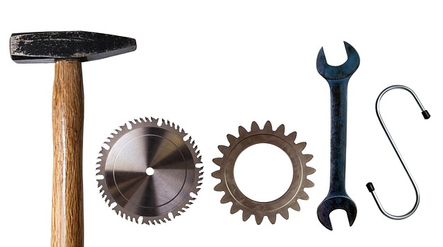 What is the Difference Between Tools and Equipment