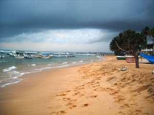 What are the Best Beaches in Sri Lanka_Hikkaduwa Beach