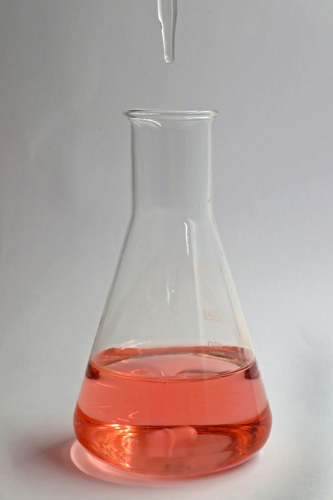 Difference Between Acid-Base Titration and Redox Titration