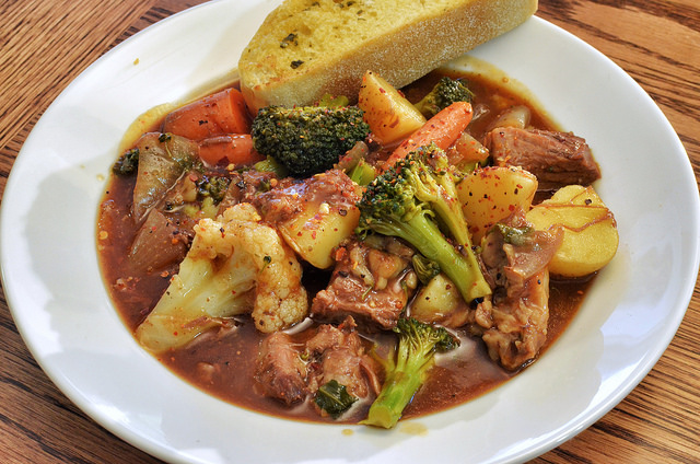 Main Difference - Stew vs Casserole