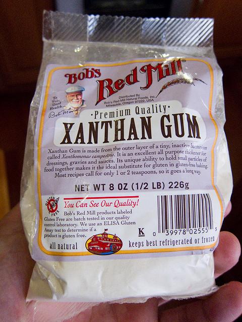 Main Difference - Guar Gum vs Xanthan Gum