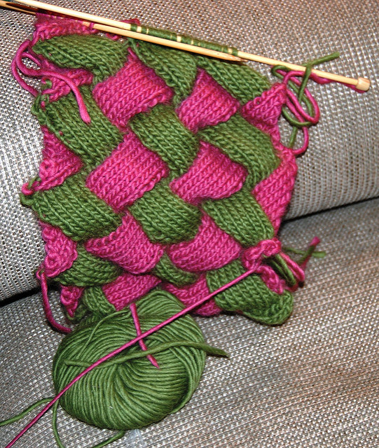 Difference Between Knitting and Crochet