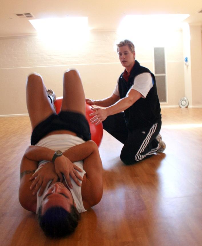 Main Difference - Teacher vs  Trainer