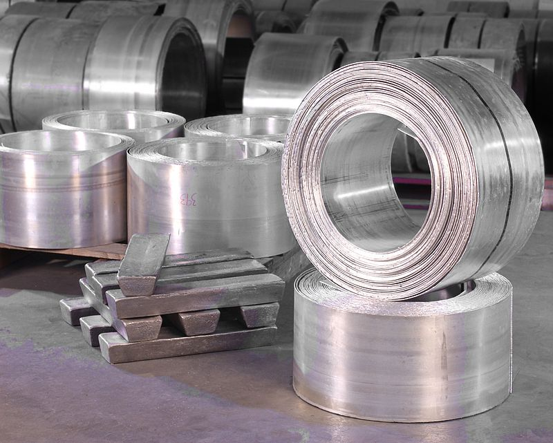 Main Difference - Ductility vs  Malleability