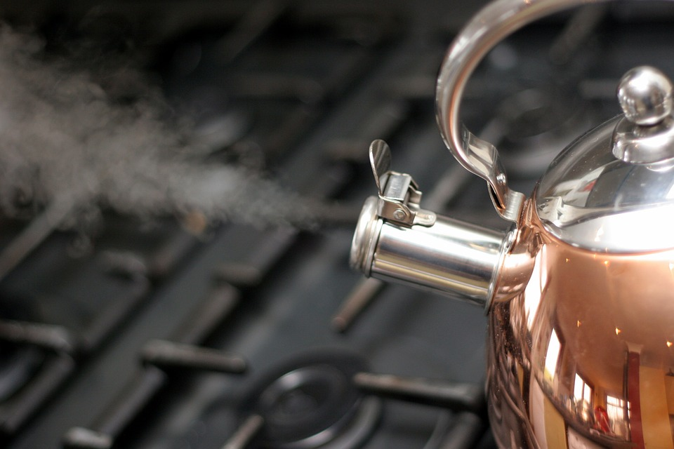Difference Between Vapor Pressure and Boiling Point