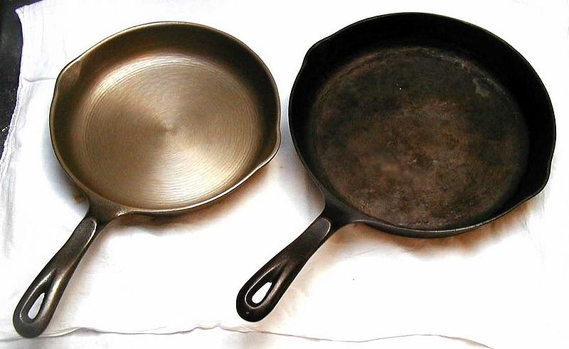 Main Difference - Cast Iron vs Carbon Steel