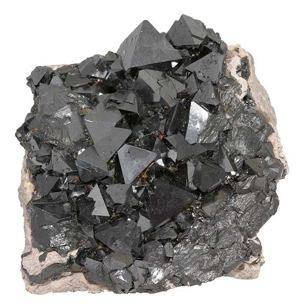 MainDifference - Magnetite vs  Hematite