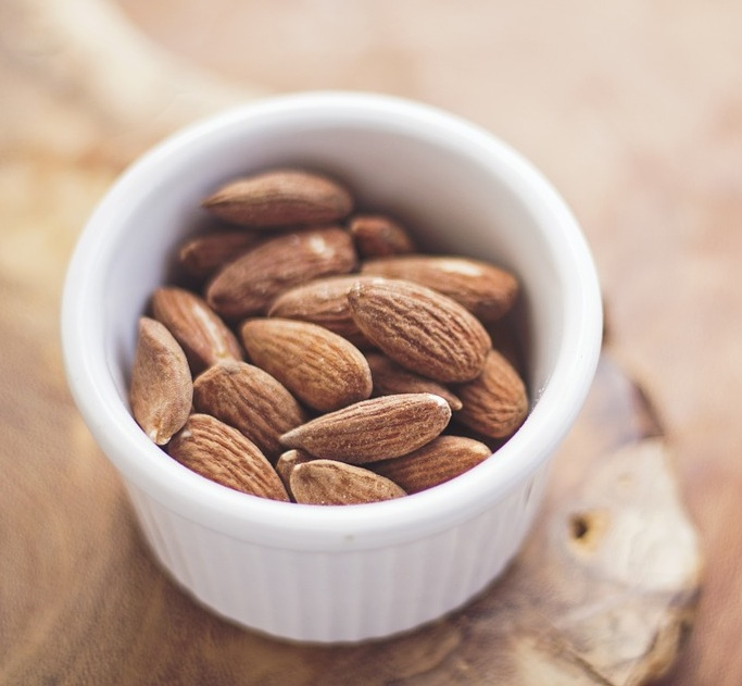 How is Almond Milk Made_Figure 1