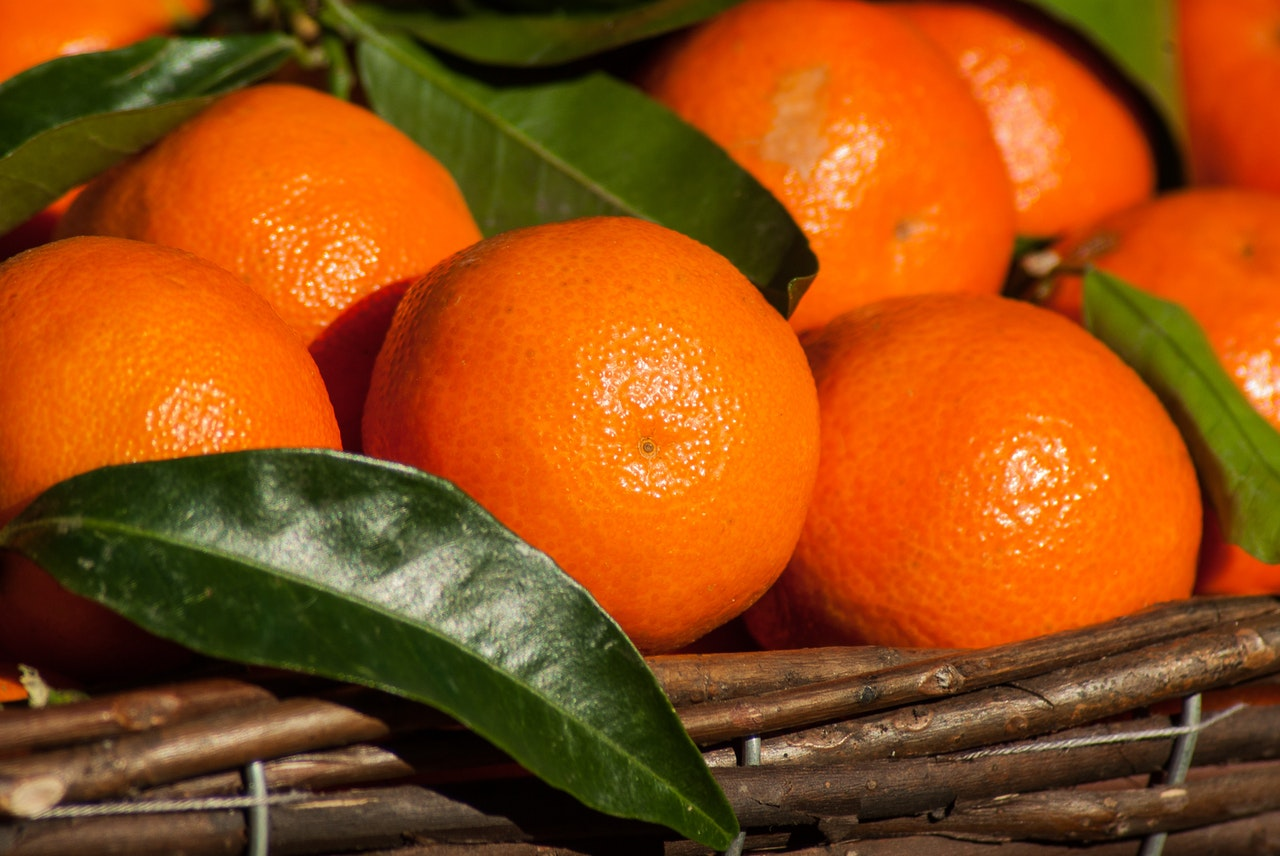 Main Difference - Mandarin and Clementine