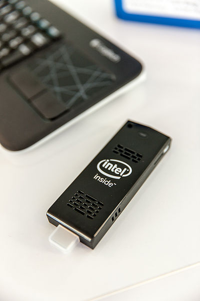 Difference Between Intel Compute Stick and Raspberry Pi 3