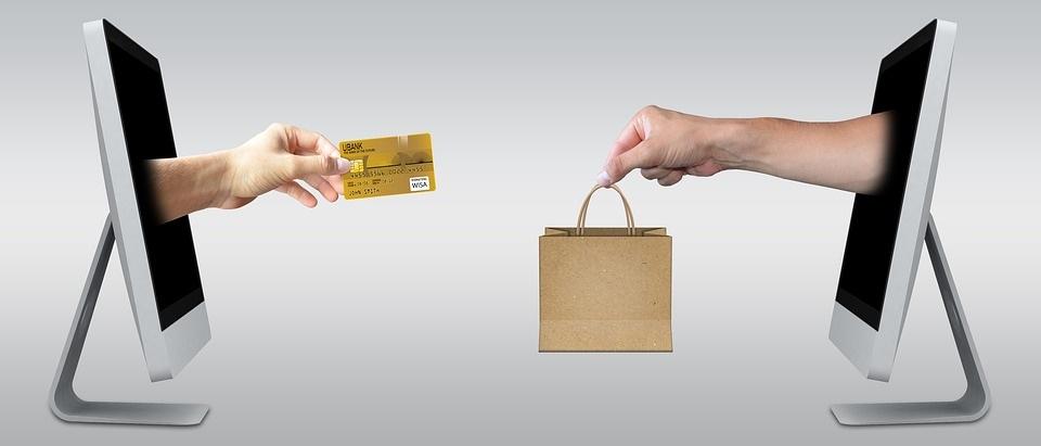 Difference - Customer vs Consumer