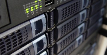 Main Difference - Workstation vs Server