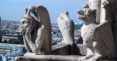 Difference Between Gargoyles and Grotesques