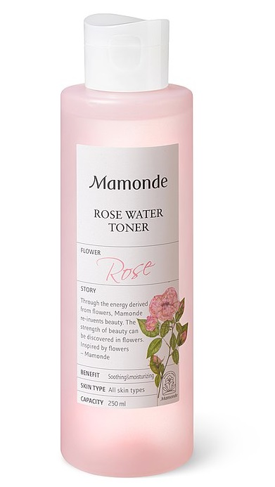 Main Difference - Cleanser vs Toner