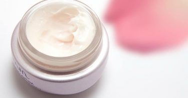 Difference Between Day Cream and Night Cream