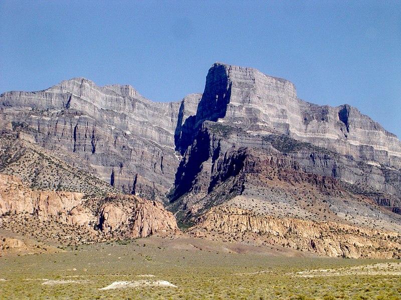 Main Difference - Plutonic vs Volcanic Rocks