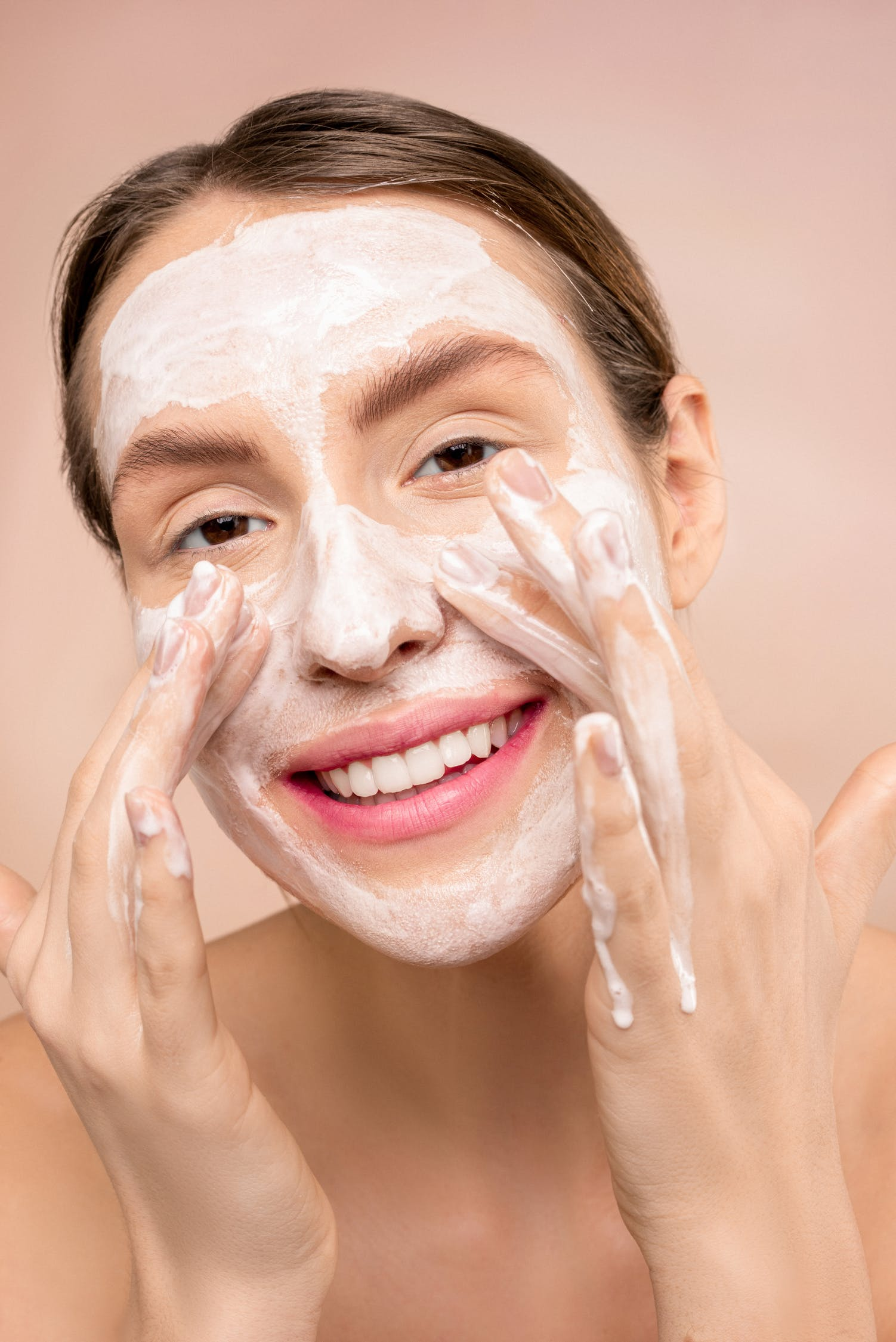 Difference Between Toner and Face Wash