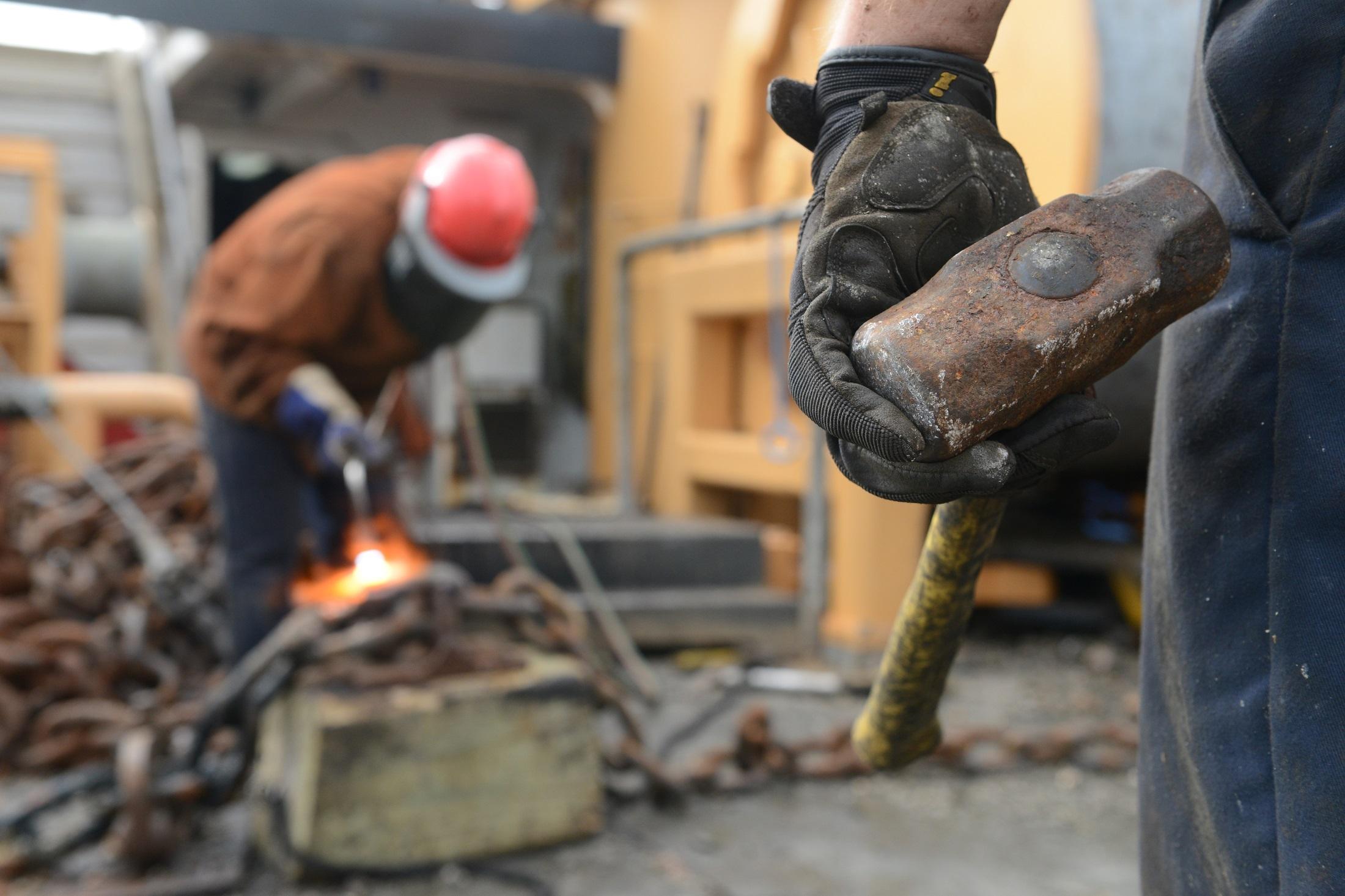 Main - Between Wages vs Salary