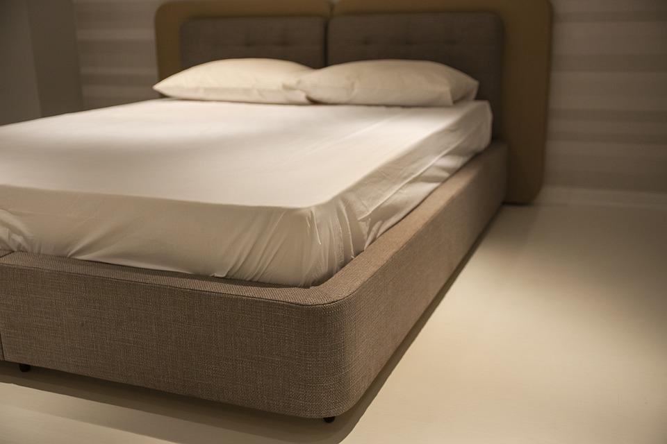 Main Difference - Bedspread vs Bed Sheet