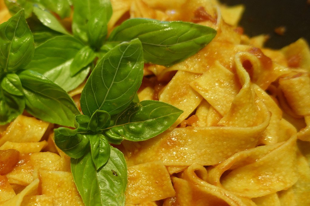 Main Difference - Pappardelle vs Tagliatelle