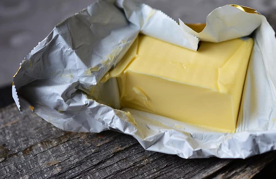 Main Difference - Butter vs Margarine