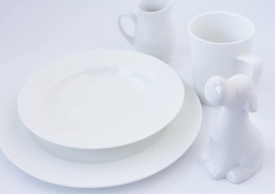 Main Difference - Stoneware vs Ceramic