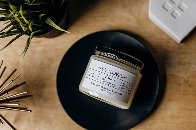Difference Between Beeswax and Soy Wax