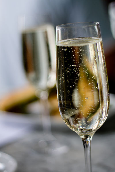 Difference Between Prosecco Champagne and Sparkling Wine