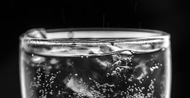Difference Between Soda Water and Sparkling Water