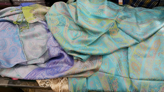 Difference Between Cashmere and Pashmina