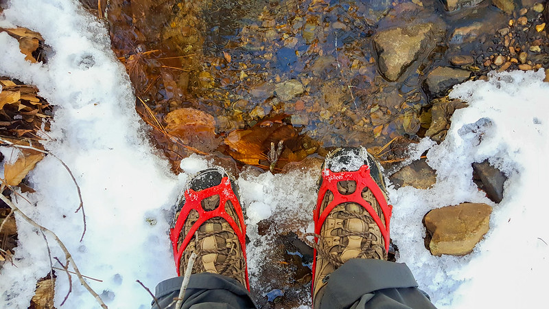 Main Difference - Crampons vs Microspikes