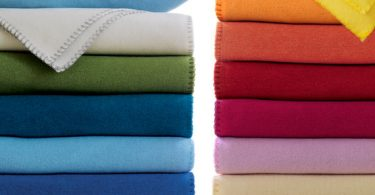 Difference Between Fleece and Sherpa Blanket