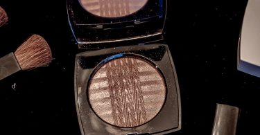 Difference Between Blush and Highlighter