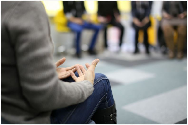 Compare Debriefing and Counselling