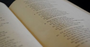 Song vs Poem