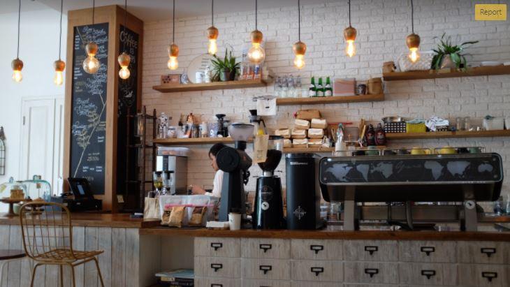 Coffee Shop vs Fine Dining Restaurant